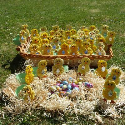 Réalisation collective pour repas de Pâques